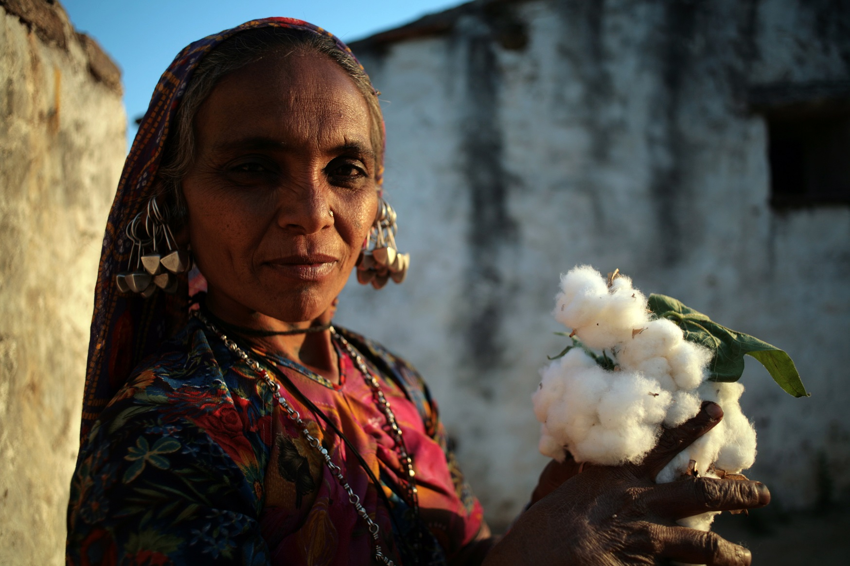IMG_2164 - lady with cotton