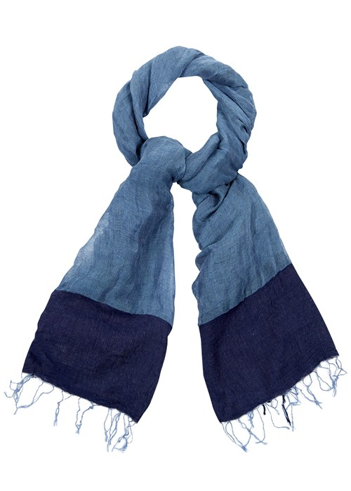 colour-block-scarf-in-blue-02b8a87a5ff7