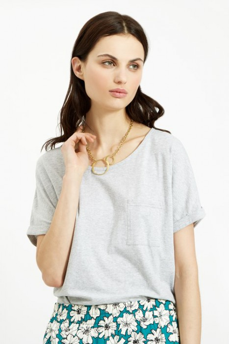 The Double Circle Necklace in Brass