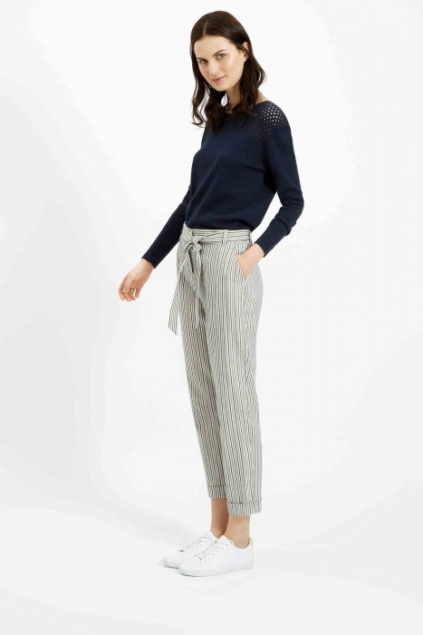 These hand woven Georgina Trousers bring the perfect balance to jumpers, blouses and sleeveless tops of any block colour.